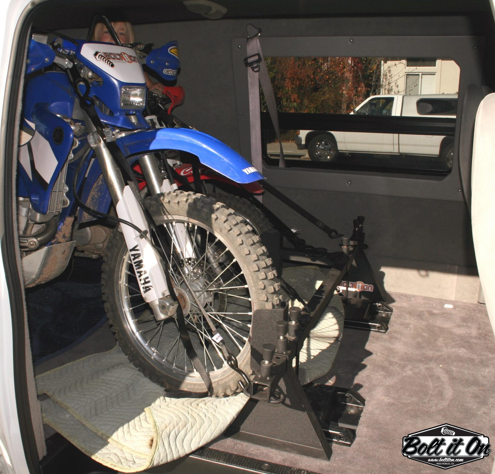 Ford E-Series motorcycle tie down system