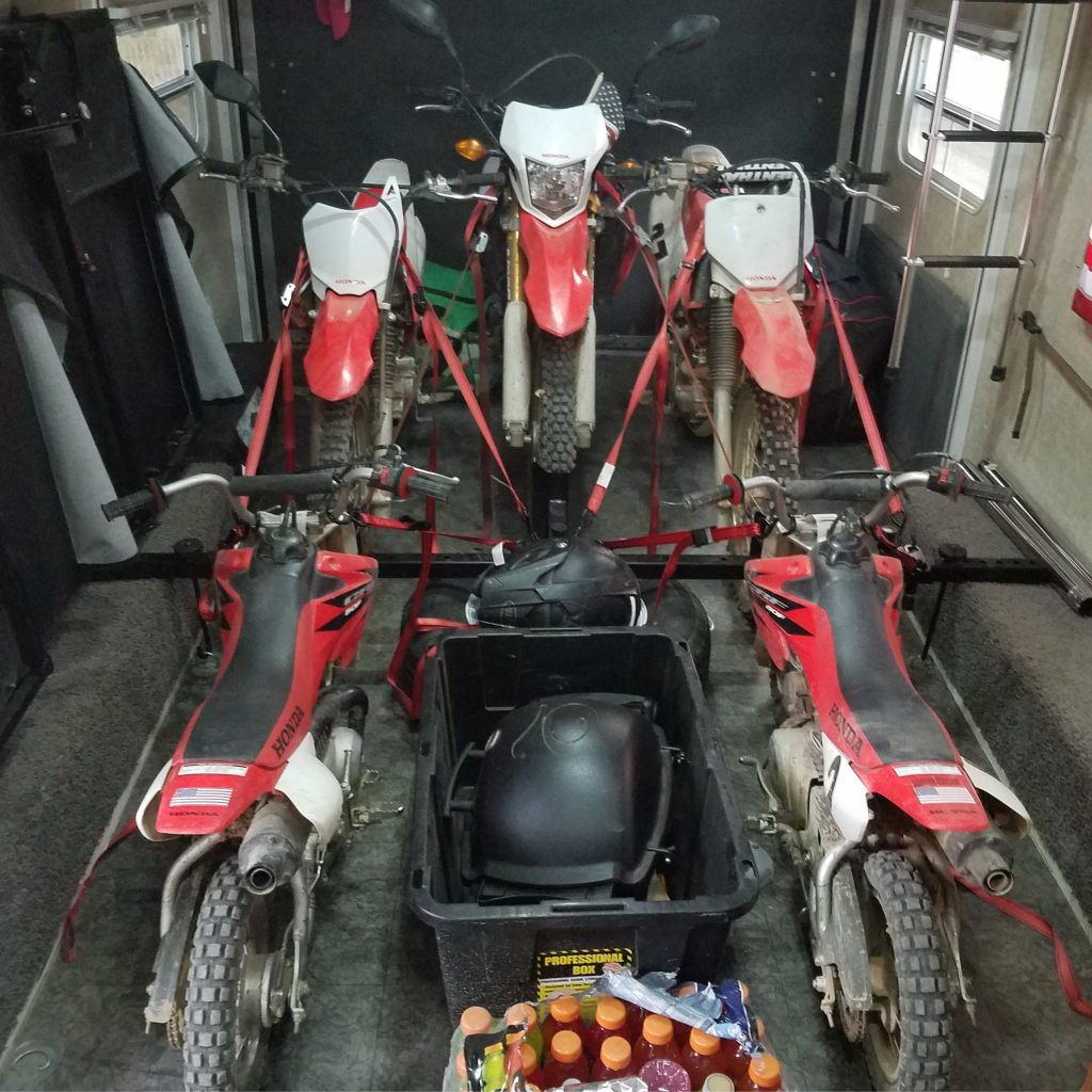 5 Dirt Bikes On 1 System